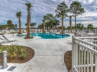 Ocean Dunes Villas 214 - 1 Bedroom 1 Bathroom Oceanfront Flat, Hilton Head