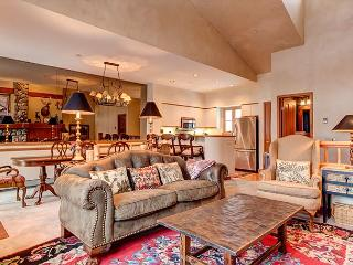 Ski-Out Beaver Creek Condo for 6, Avon