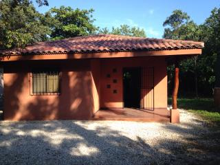 Punta Paraiso Guest House, Playa Junquillal