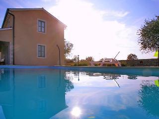 Villa Nino, Kanfanar
