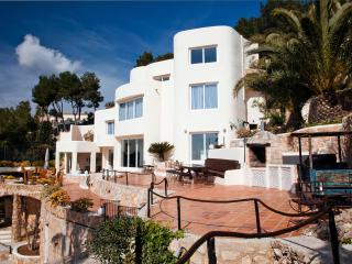 Ultimate Luxury and Privacy only 4 km from Ibiza, Ibiza Town