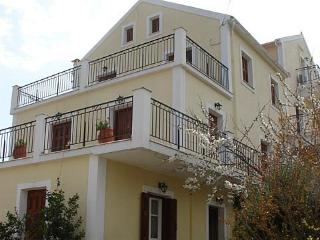 Capt. Dennis Family Apartments No.3, Fiscardo