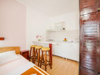 Accommodation Petrovic- Standard Triple Studio with Balcony 2, Becici