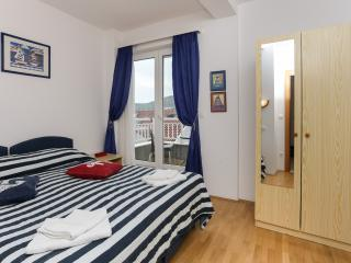 K-apartments - One Bedroom Apartment with Balcony and City View - A2