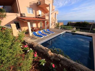 Apartment Ana - Four Bedroom Apartment with Terrace, Sea View and Private Pool