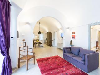 VILLA FICO: THE MOST 'BEAUTIFUL VALLEY ITRIA, Ceglie Messapica