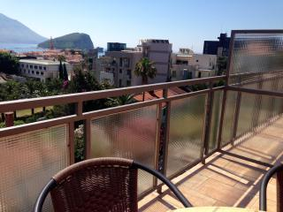 Private Accommodation Ivanović - Triple Room with Balcony and Sea View 18, Budva