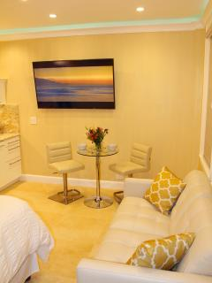 Super comfortable seating areas and 60' widescreen HD Smart TV.