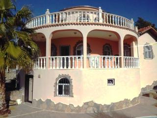 Villa Burton