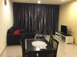 E Home 3 Rooms B-09-10 @ KL Festival City Mall