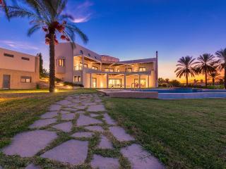 Louloudi Luxurious Villa Kalithea / Rhodes, Rhodes-Stad