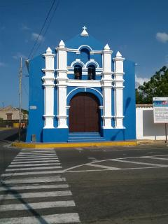 Iglesia de San Nicola. Colonial District. Walking Distance from the house.