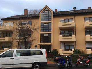 Apartment Würzburg mit Balkon 27qm privat, saniert