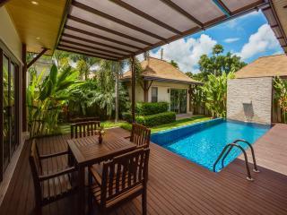 Villa Kiri by TropicLook, Nai Harn