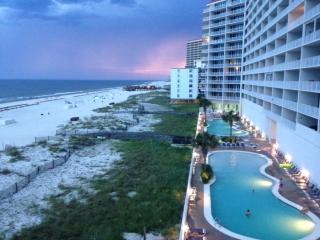 Spectacular Lighthouse  Luxury Corner unit 3bd 3bt, Gulf Shores