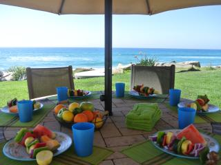 Big Family Beachfront Vacation Rental on the Sand, Oceanside