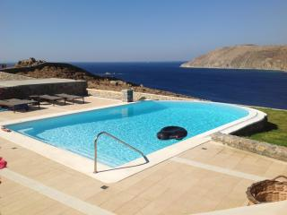 Amazing villa in Panormos with pool.