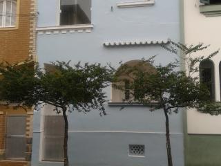 Charmosa casa no Boqueirão, Santos