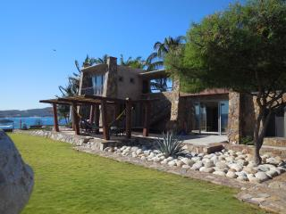 Punta Paita - 5 estrellas Villa nueva marca frente al mar, Huatulco