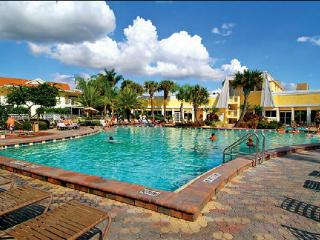 1 BD CONDO LIKI TIKI VILLAGE RESORT ~ONSITE WATERPARK, HEATED POOLS, NEAR DISNEY, Orlando