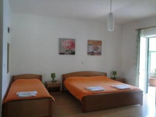 Apartments Posta - Comfort Studio with Balcony and Sea View - Apartman 1, Saplunara