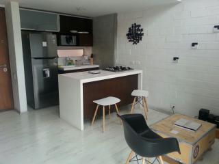Lovely duplex located 4 blocks from Lleras Park, Medellin