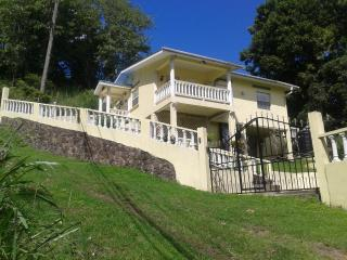 Bella Rosa House 3 Bedrooms Sleeps 7, Castries