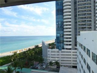 ON THE BEACH, OCEAN VIEW, PARKING, POOL, Miami Beach