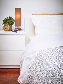Bedroom 1, double bed, ensuite (details).