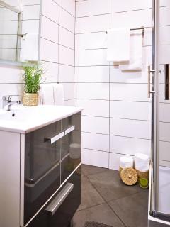 Toilet 2.