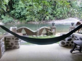 Private Jungle & River View Room, Bukit Lawang