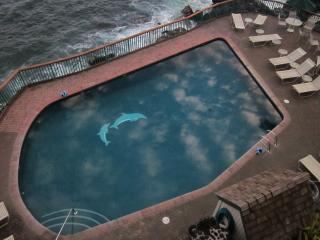 Poipu Shores Resort 302B 3BR/2BA Oceanfront Joy!, Koloa