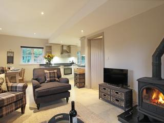 Deerkeepers cottage -  2 bedroom luxurious contemporary rural retreat, Sharpthorne