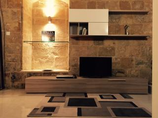 Valletta - Newly refurbished 2 Bedroom House, La Valeta