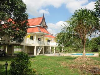 les trois princes hua hin holiday villa, Hua Hin
