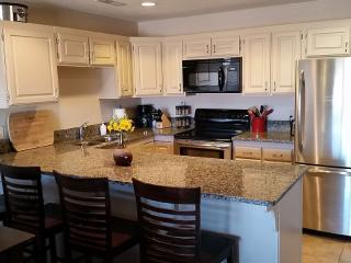 Beautifully Remodeled 3 Bedroom Condo, Saint George