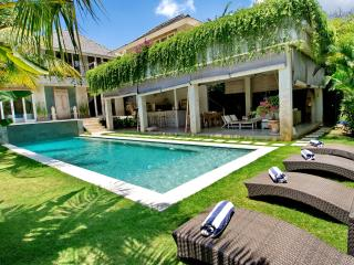 4 BR Villa in quite location of Umalas, Nice, Kerobokan