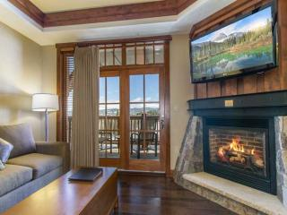30% Off! Top Luxury Resort! True Ski In/Out at Peak 8 & Epic Discovery Park