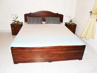 Dulux Duble Room with  Bath Tub, Negombo