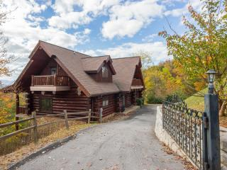 Oct 29-Nov 15 'Great Alpine' Huge Log Cabin, Fab Mtn View, 6 Bdrm,Sleeps 27