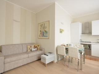 Design District: Bright & Cozy Apartment, Milan
