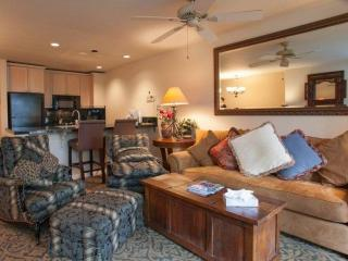 2 King Suites~ Large Balcony~ Vail Mountain Views~ Epic Family Fun with Indoor Pool and Hot Tubs!