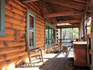 Townsend Cabin #2 ~ Fireplace, Hot Tub, Away from the Hustle and Bustle, Minutes