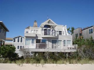 GREAT BEACH HOUSE, Harvey Cedars