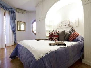 Trastevere Joy apartment in Trastevere {#has_luxu…