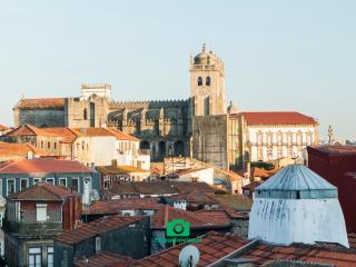 Cardosas Lux, Oporto
