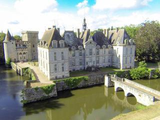 Chateau de saint-loup sur Thouet -