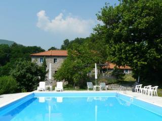 Villa near the 'Stretti di Giaredo'
