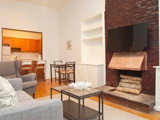 Huge renovated UES 3 bedroom 1.5 Bath, New York