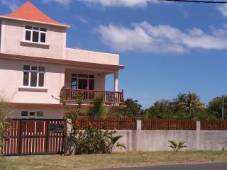 Suntoo Villa
